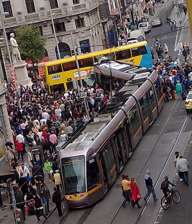 LUAS susidūrimas šiandieną su autobusu O`Connell gatvėje