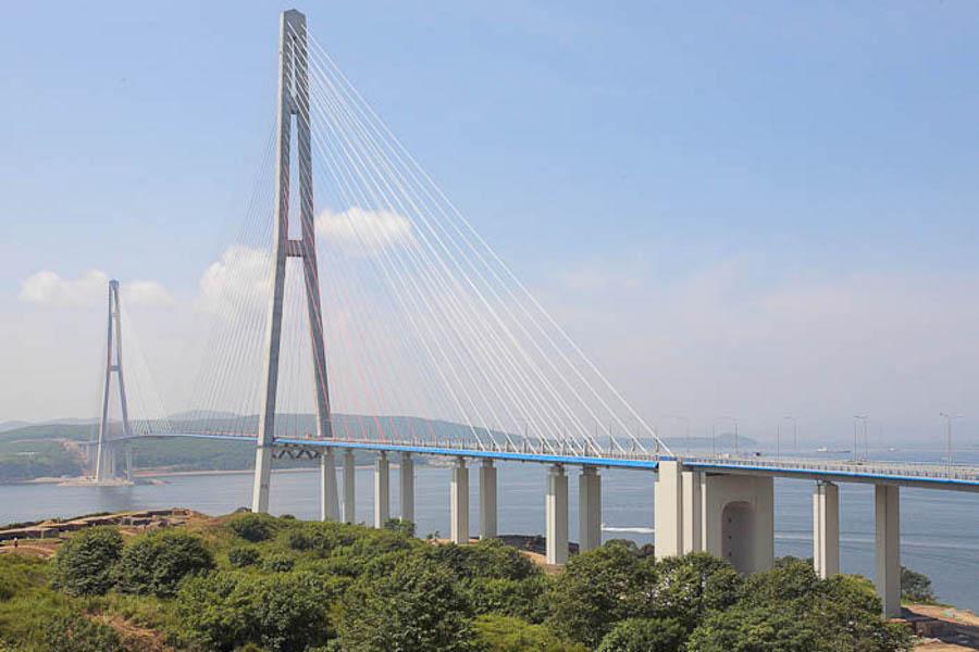 Tiltas prie Vladivostoko